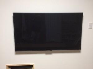 壁掛けTV1