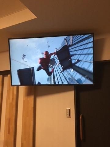 3壁掛けテレビ